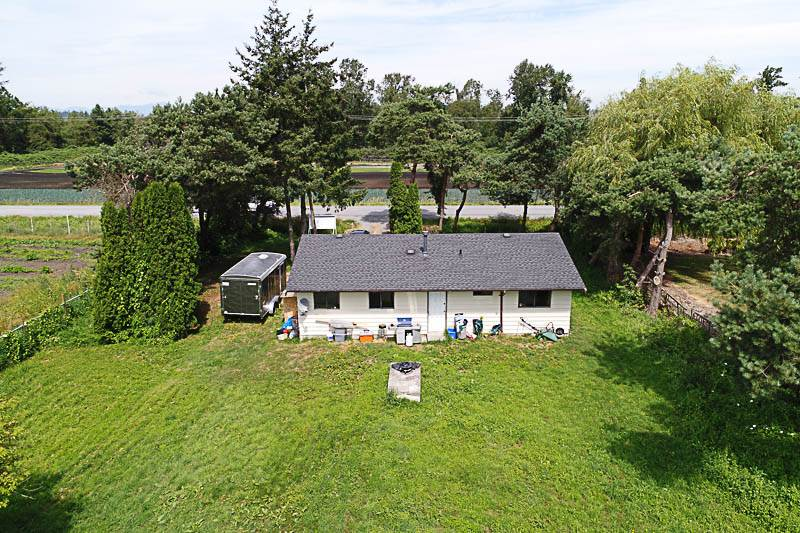 Detached at 18044 40 AVENUE, Cloverdale, British Columbia. Image 15