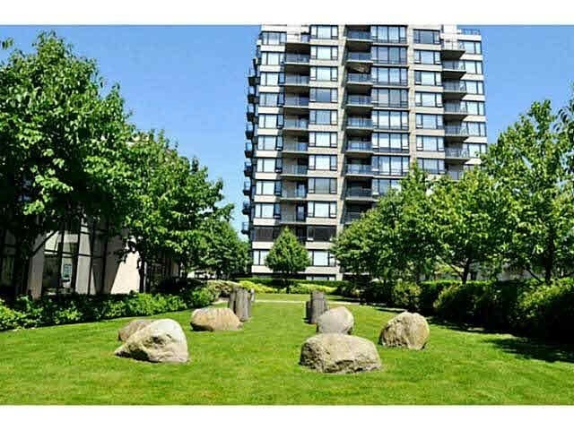 Condo Apartment at 601 9180 HEMLOCK DRIVE, Unit 601, Richmond, British Columbia. Image 2