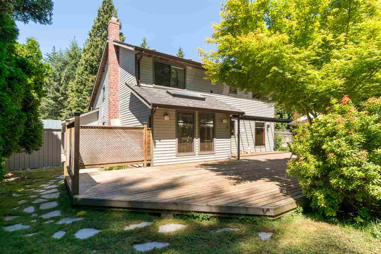 Detached at 13278 19A AVENUE, South Surrey White Rock, British Columbia. Image 18