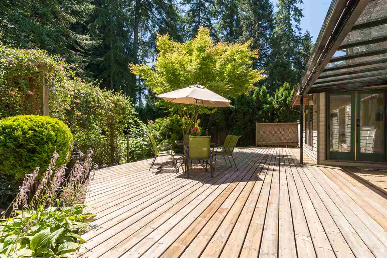 Detached at 13278 19A AVENUE, South Surrey White Rock, British Columbia. Image 20