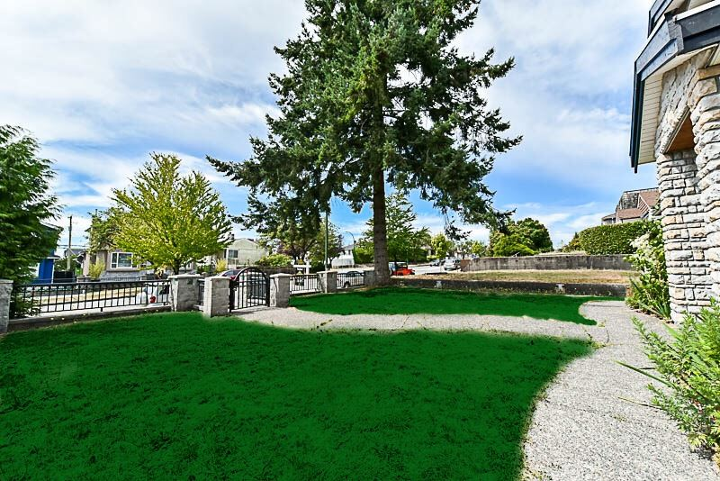 Detached at 2853 E 49TH AVENUE, Vancouver East, British Columbia. Image 2