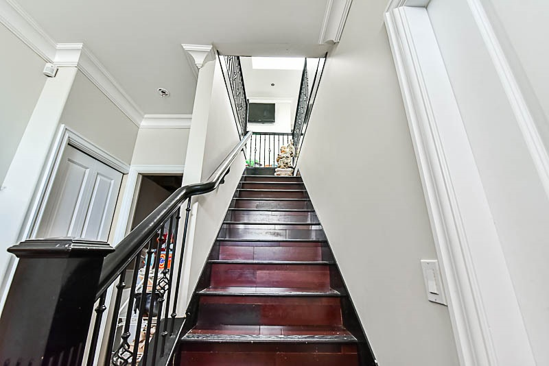 Detached at 2853 E 49TH AVENUE, Vancouver East, British Columbia. Image 7
