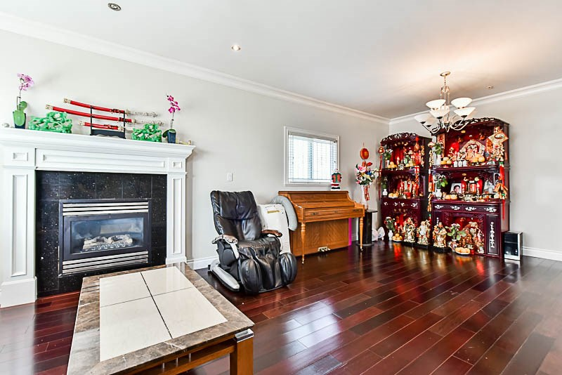 Detached at 2853 E 49TH AVENUE, Vancouver East, British Columbia. Image 12