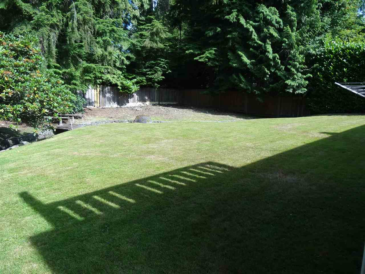 Detached at 3817 SUNSET BOULEVARD, North Vancouver, British Columbia. Image 2