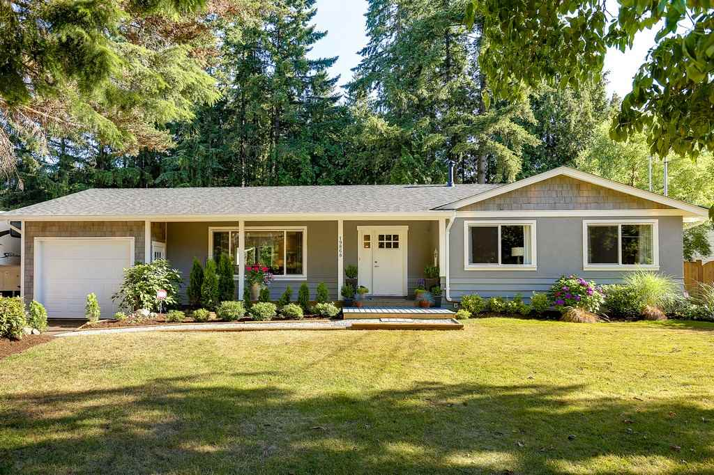 Detached at 19868 36 AVENUE, Langley, British Columbia. Image 1
