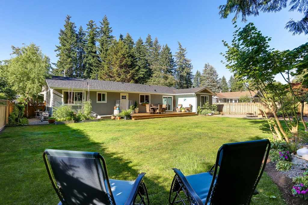 Detached at 19868 36 AVENUE, Langley, British Columbia. Image 19