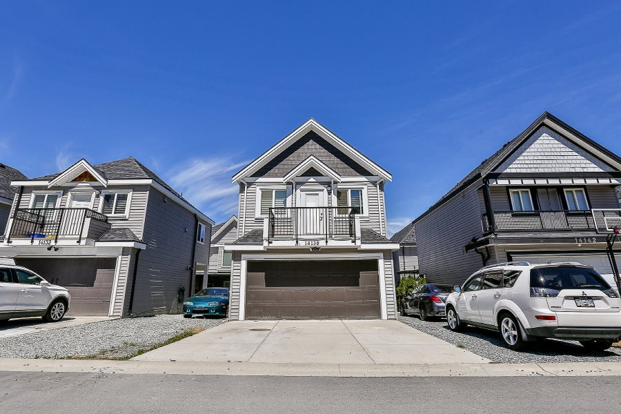 Detached at 14138 60A AVENUE, Surrey, British Columbia. Image 20