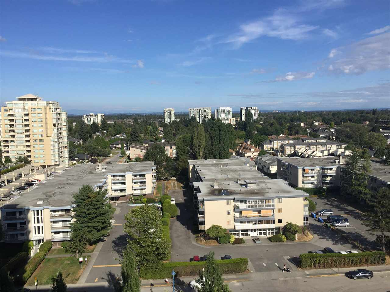 Condo Apartment at 1502 6351 BUSWELL STREET, Unit 1502, Richmond, British Columbia. Image 14