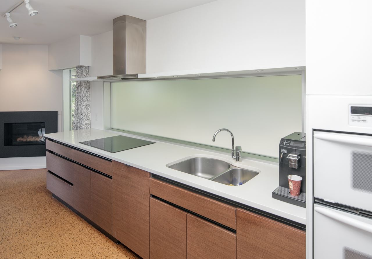 Detached at 855 8TH STREET, West Vancouver, British Columbia. Image 4