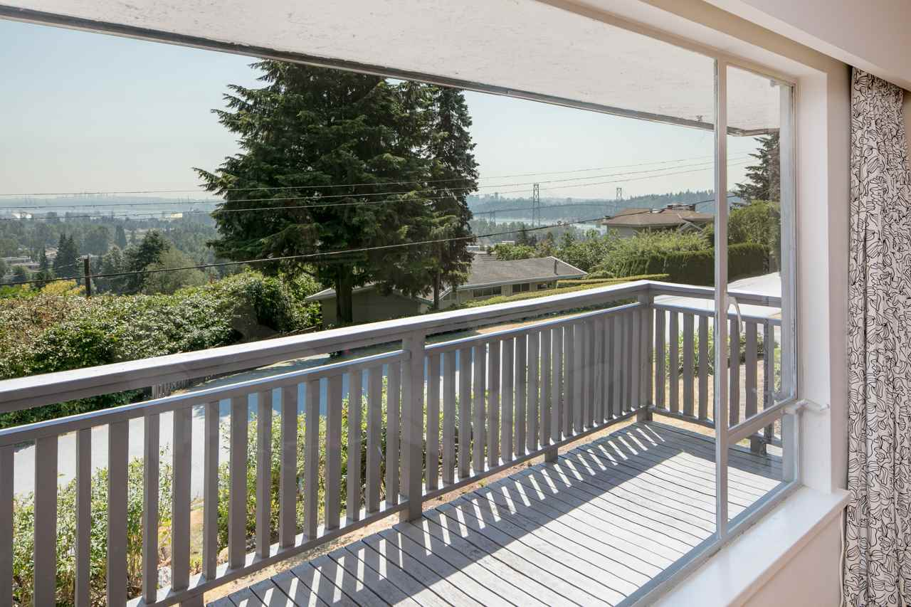 Detached at 855 8TH STREET, West Vancouver, British Columbia. Image 10