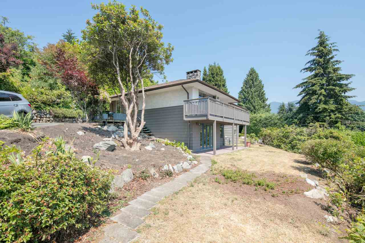 Detached at 855 8TH STREET, West Vancouver, British Columbia. Image 14