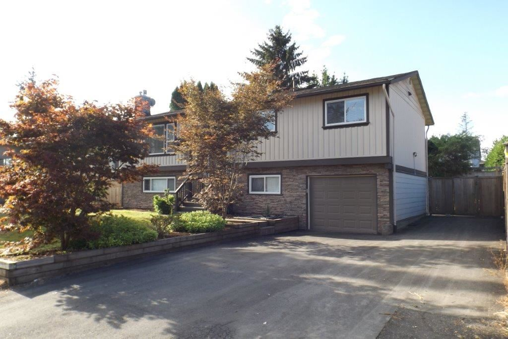 Detached at 22870 123 AVENUE, Maple Ridge, British Columbia. Image 2