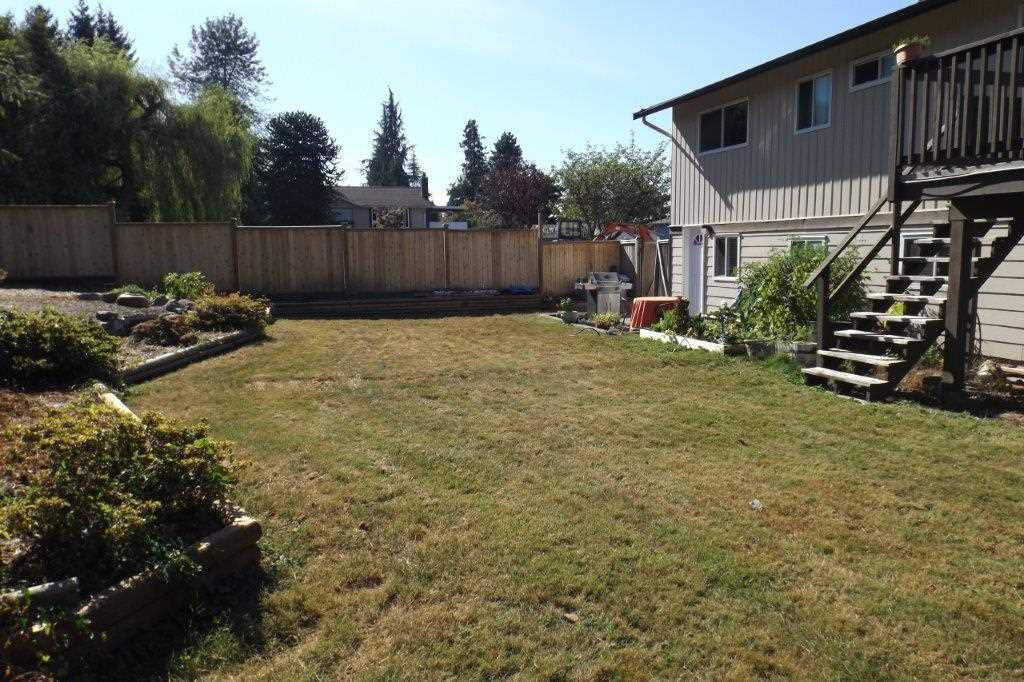Detached at 22870 123 AVENUE, Maple Ridge, British Columbia. Image 18