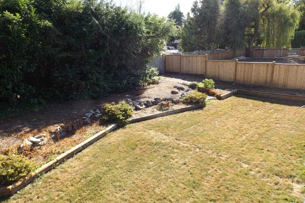Detached at 22870 123 AVENUE, Maple Ridge, British Columbia. Image 19