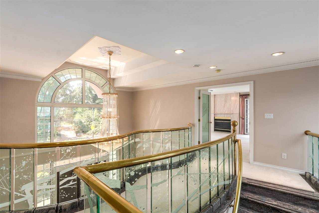 Detached at 1809 SW MARINE DRIVE, Vancouver West, British Columbia. Image 14