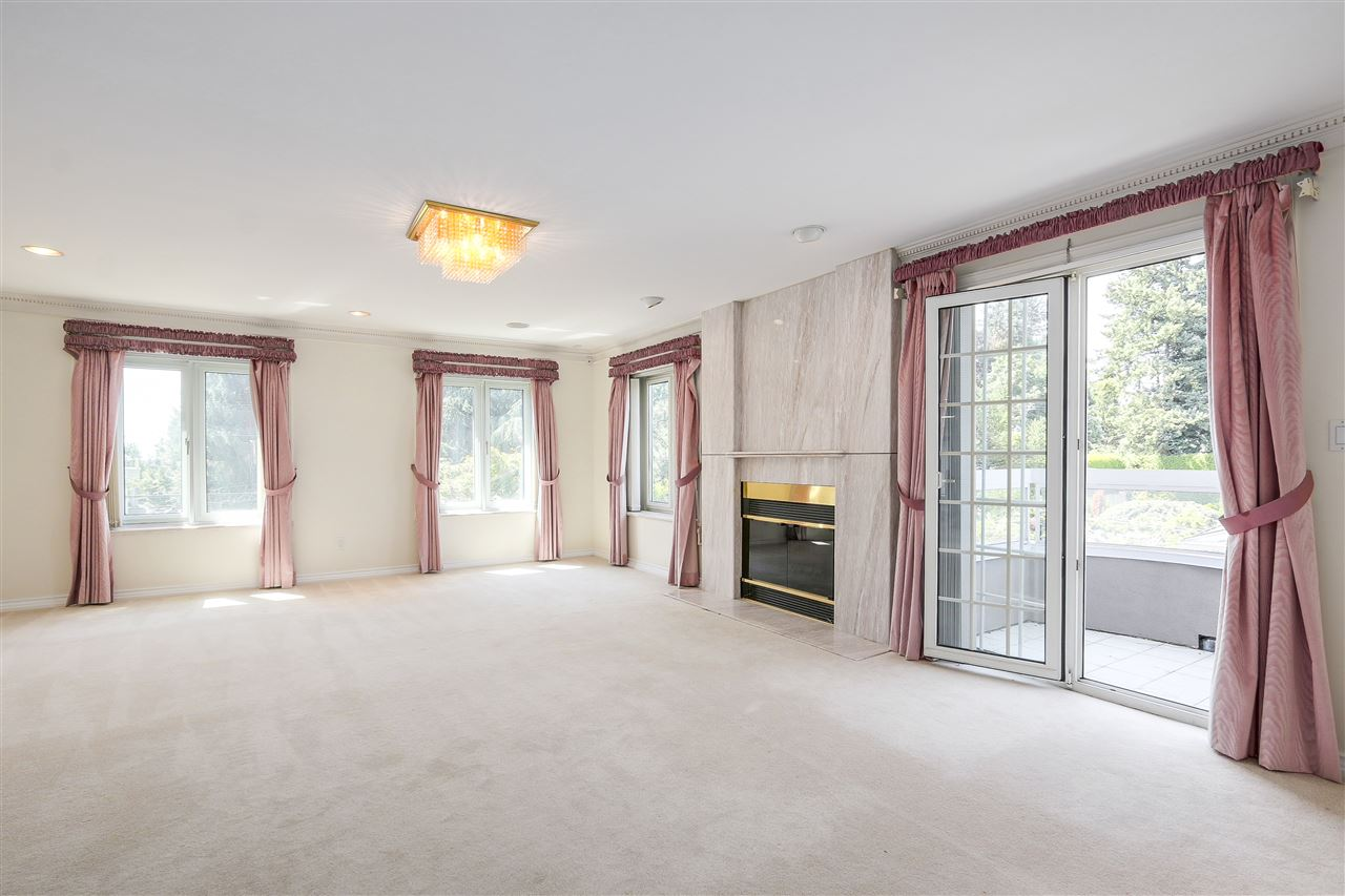 Detached at 1809 SW MARINE DRIVE, Vancouver West, British Columbia. Image 15
