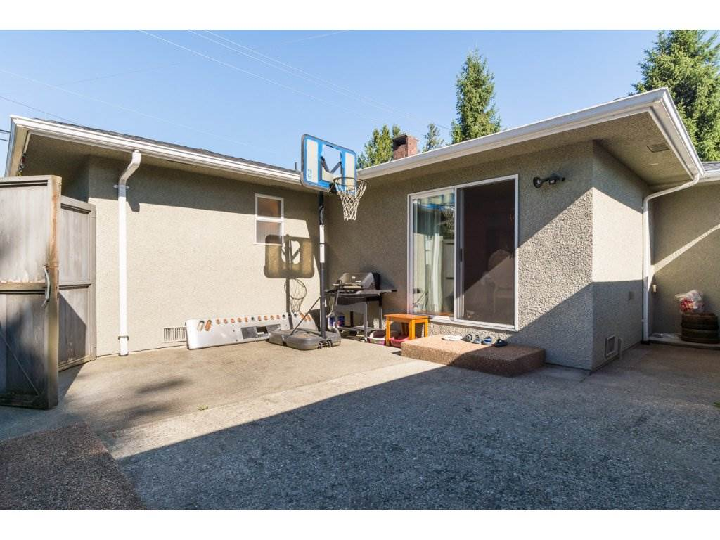 Detached at 9534 114 STREET, N. Delta, British Columbia. Image 20