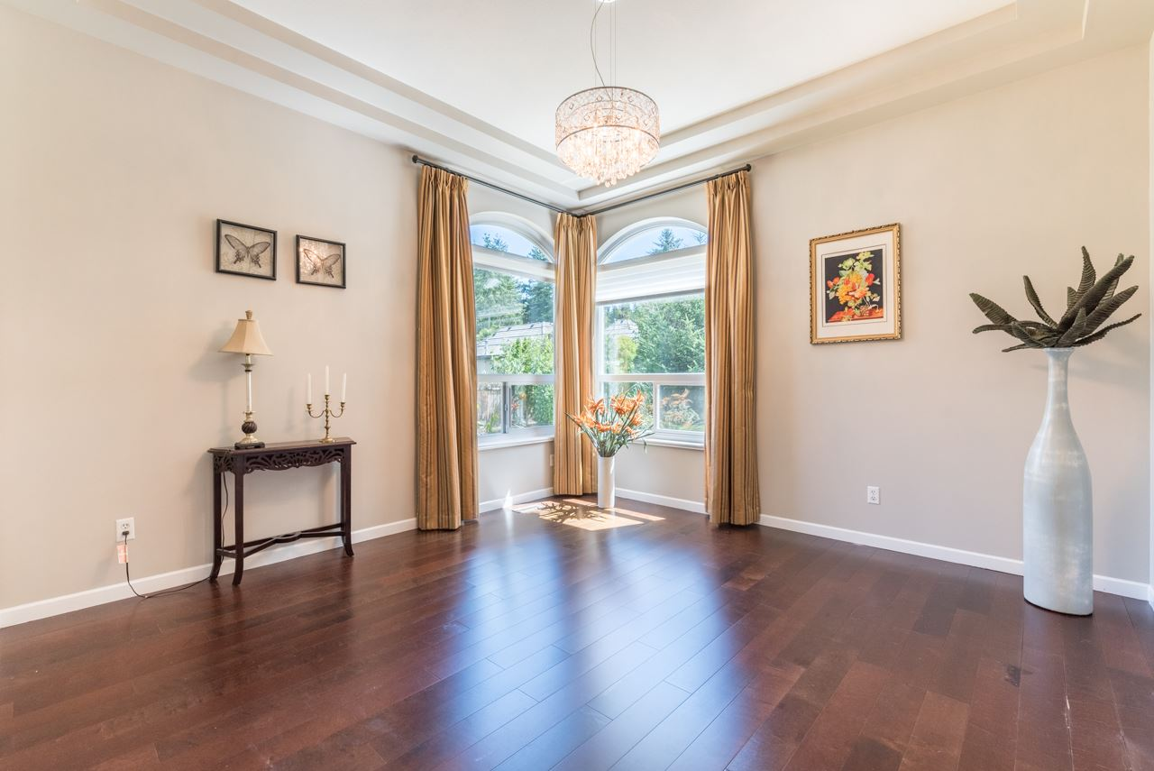 Detached at 13736 18A AVENUE, South Surrey White Rock, British Columbia. Image 5