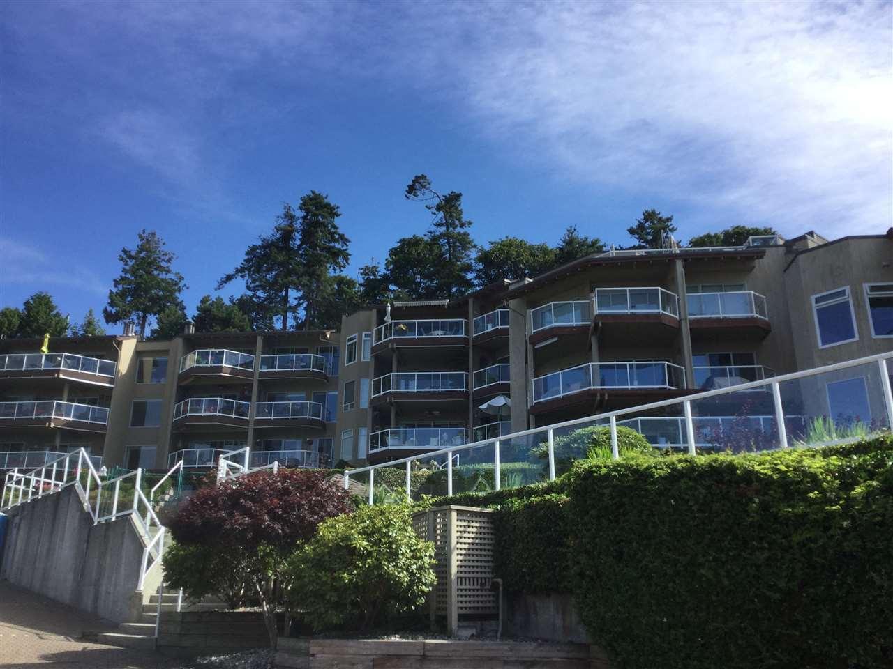 Condo Apartment at 104 15025 VICTORIA AVENUE, Unit 104, South Surrey White Rock, British Columbia. Image 2