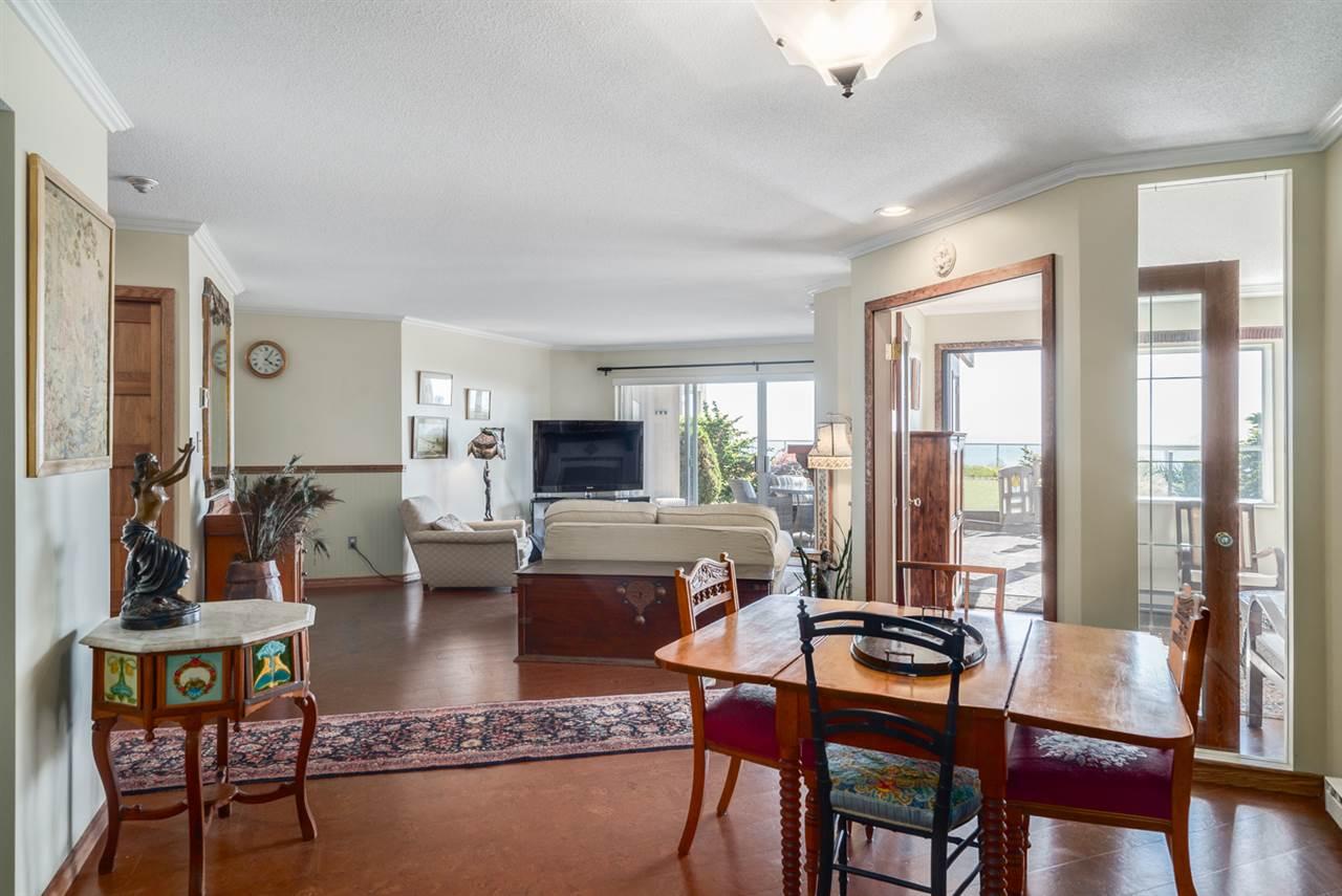 Condo Apartment at 104 15025 VICTORIA AVENUE, Unit 104, South Surrey White Rock, British Columbia. Image 5
