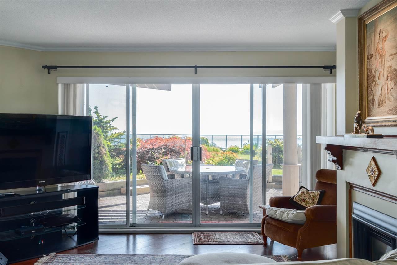 Condo Apartment at 104 15025 VICTORIA AVENUE, Unit 104, South Surrey White Rock, British Columbia. Image 17