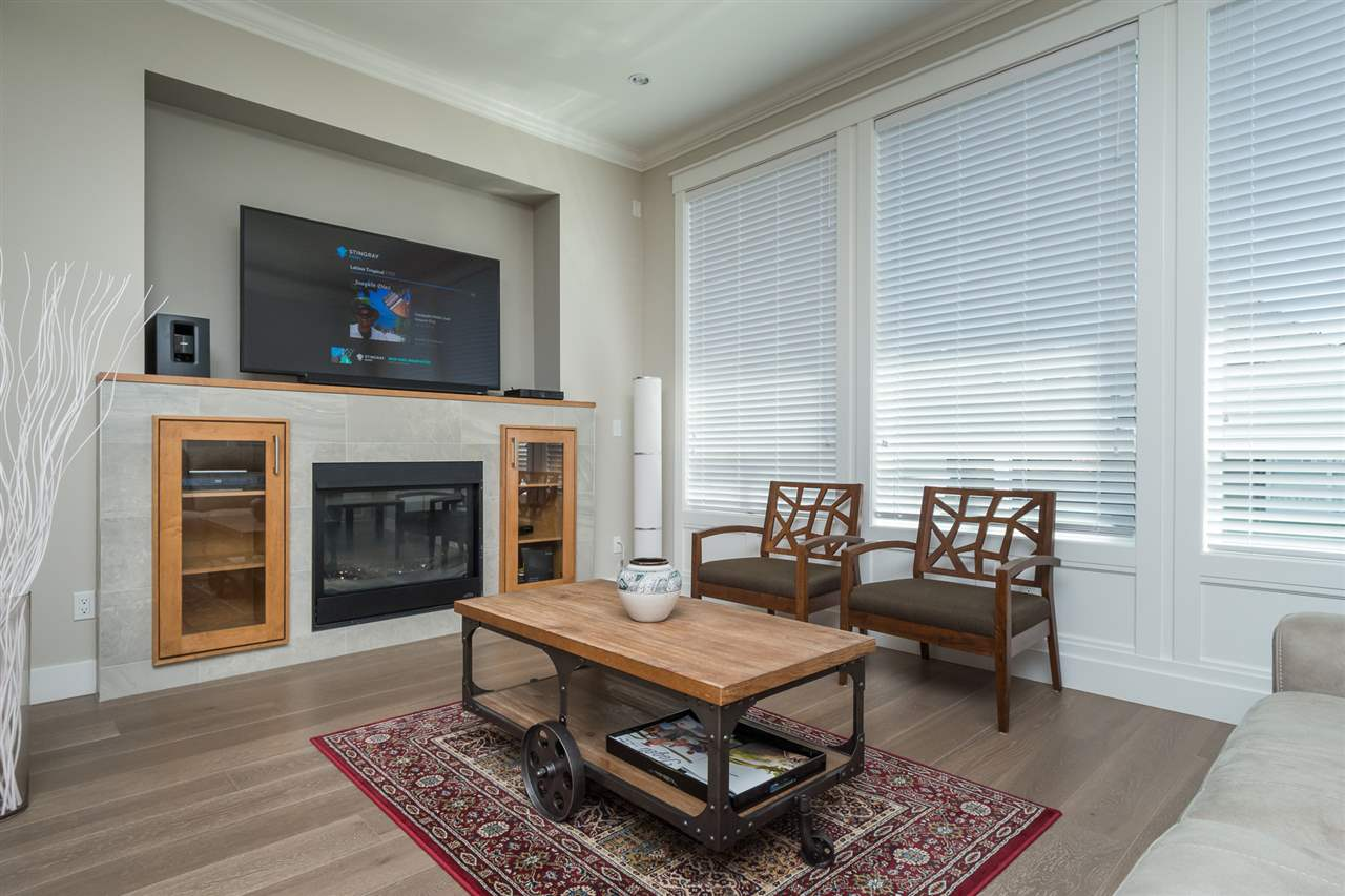 Detached at 17368 2 AVENUE, South Surrey White Rock, British Columbia. Image 10