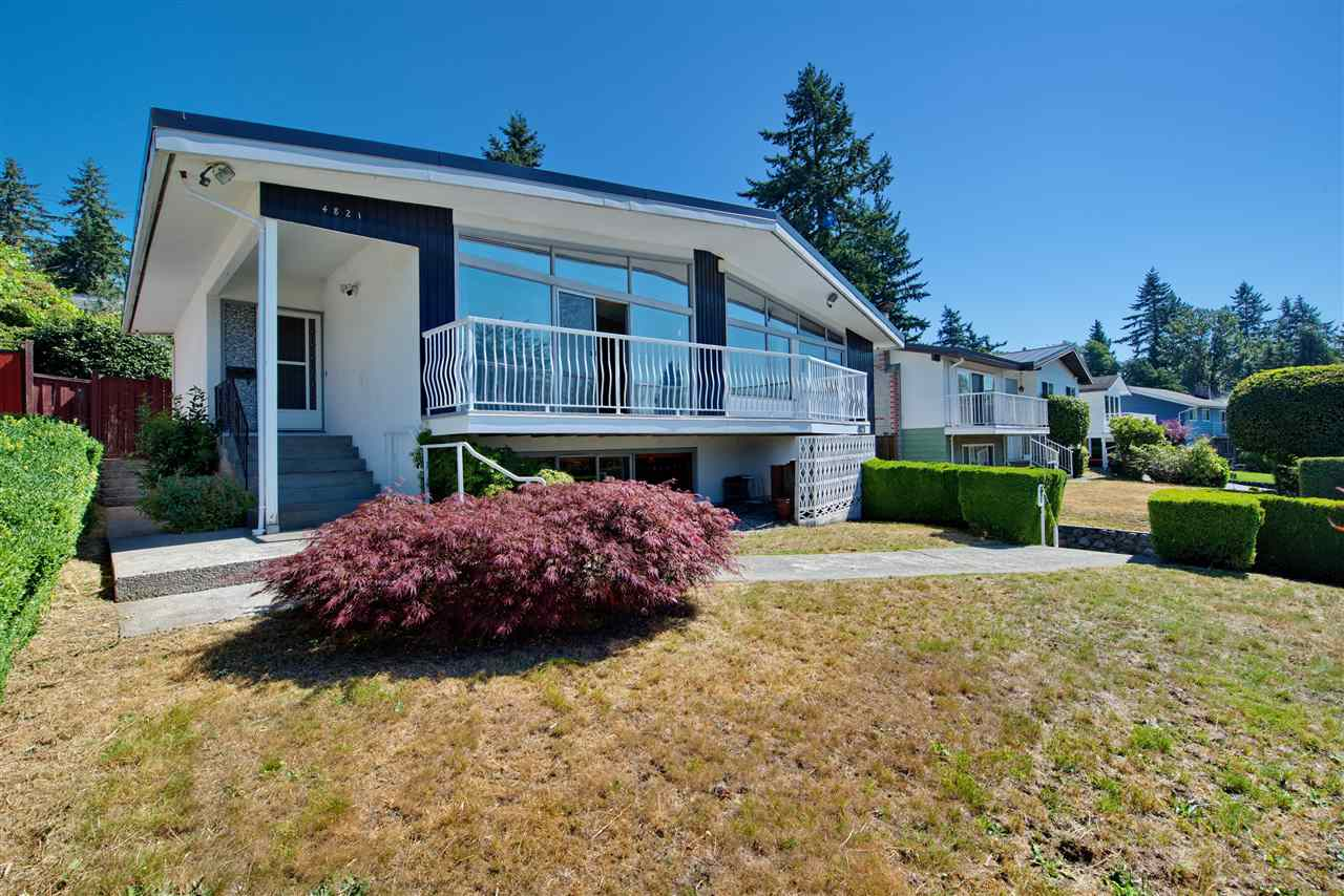 Detached at 4821 CARSON PLACE, Burnaby South, British Columbia. Image 2
