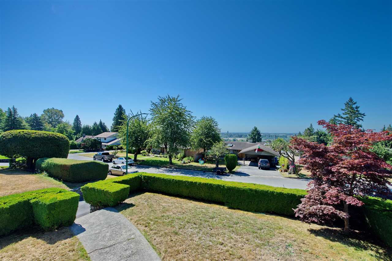 Detached at 4821 CARSON PLACE, Burnaby South, British Columbia. Image 3