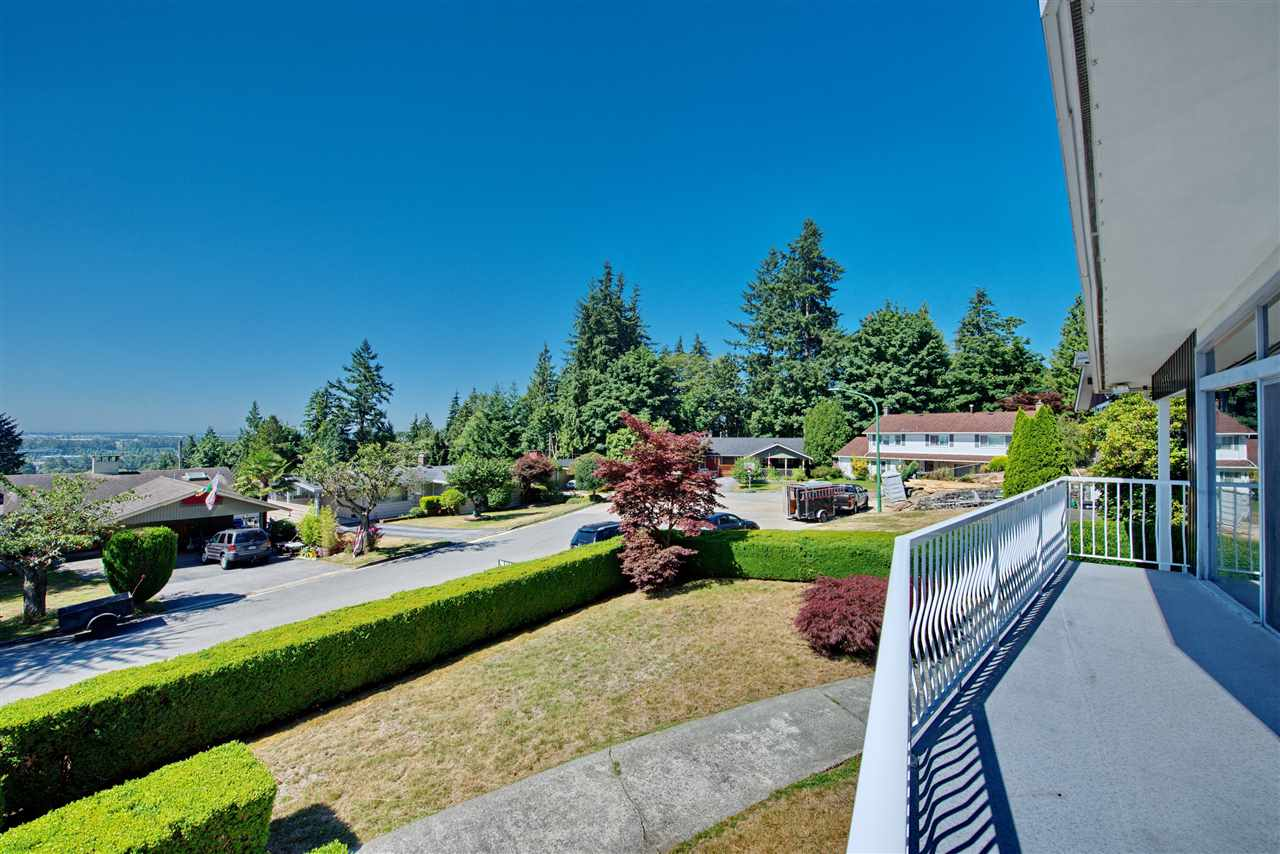 Detached at 4821 CARSON PLACE, Burnaby South, British Columbia. Image 5