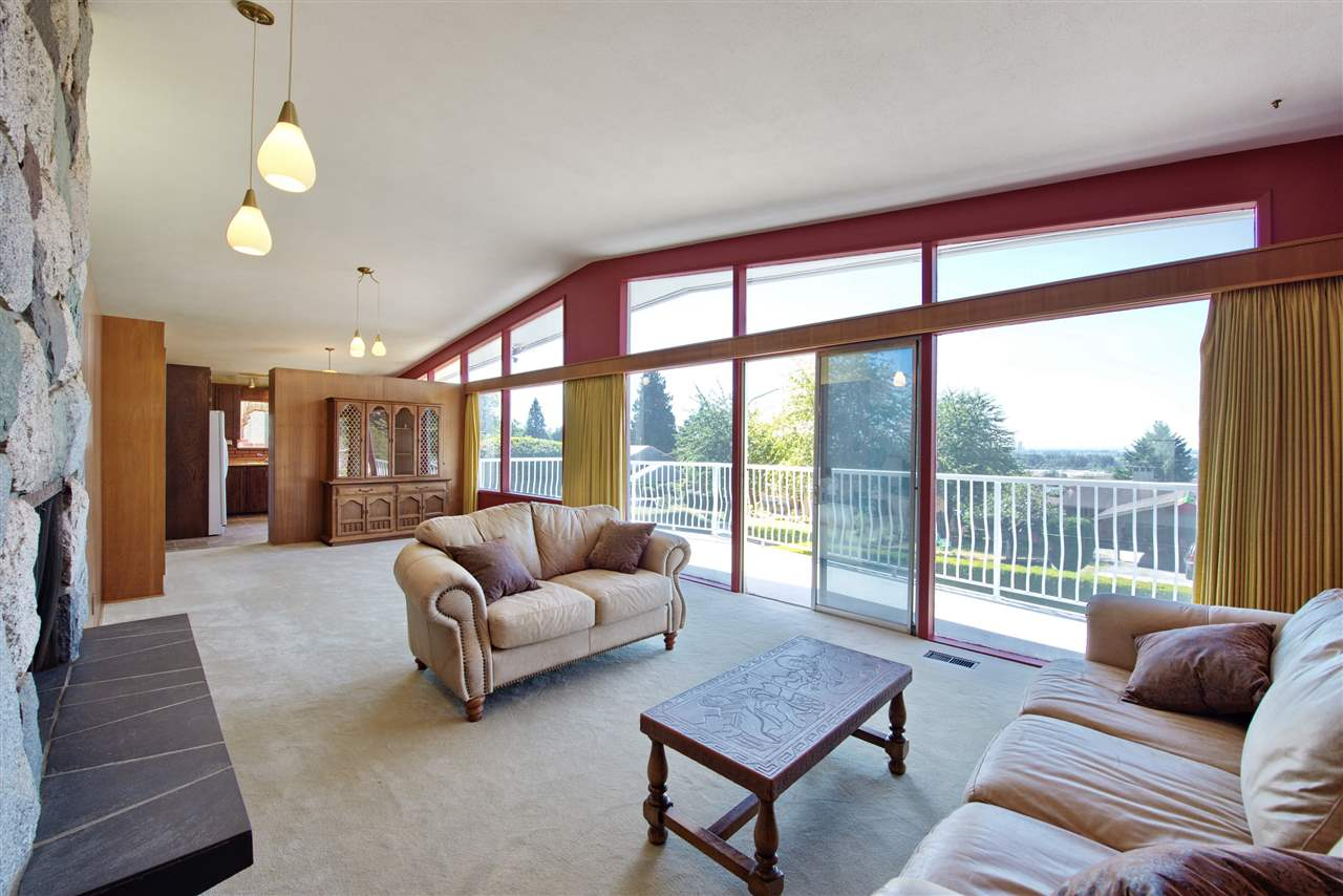 Detached at 4821 CARSON PLACE, Burnaby South, British Columbia. Image 9