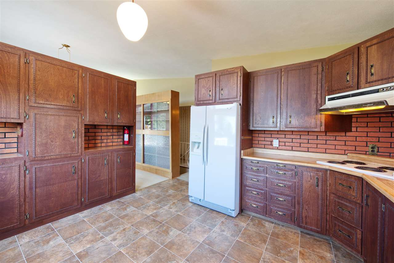 Detached at 4821 CARSON PLACE, Burnaby South, British Columbia. Image 14