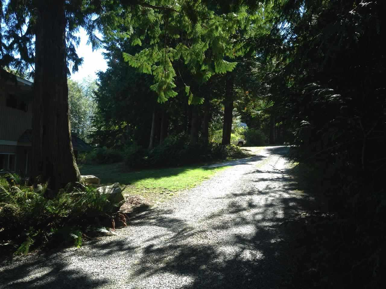Detached at 318 BRIDGEMAN PLACE, Sunshine Coast, British Columbia. Image 5