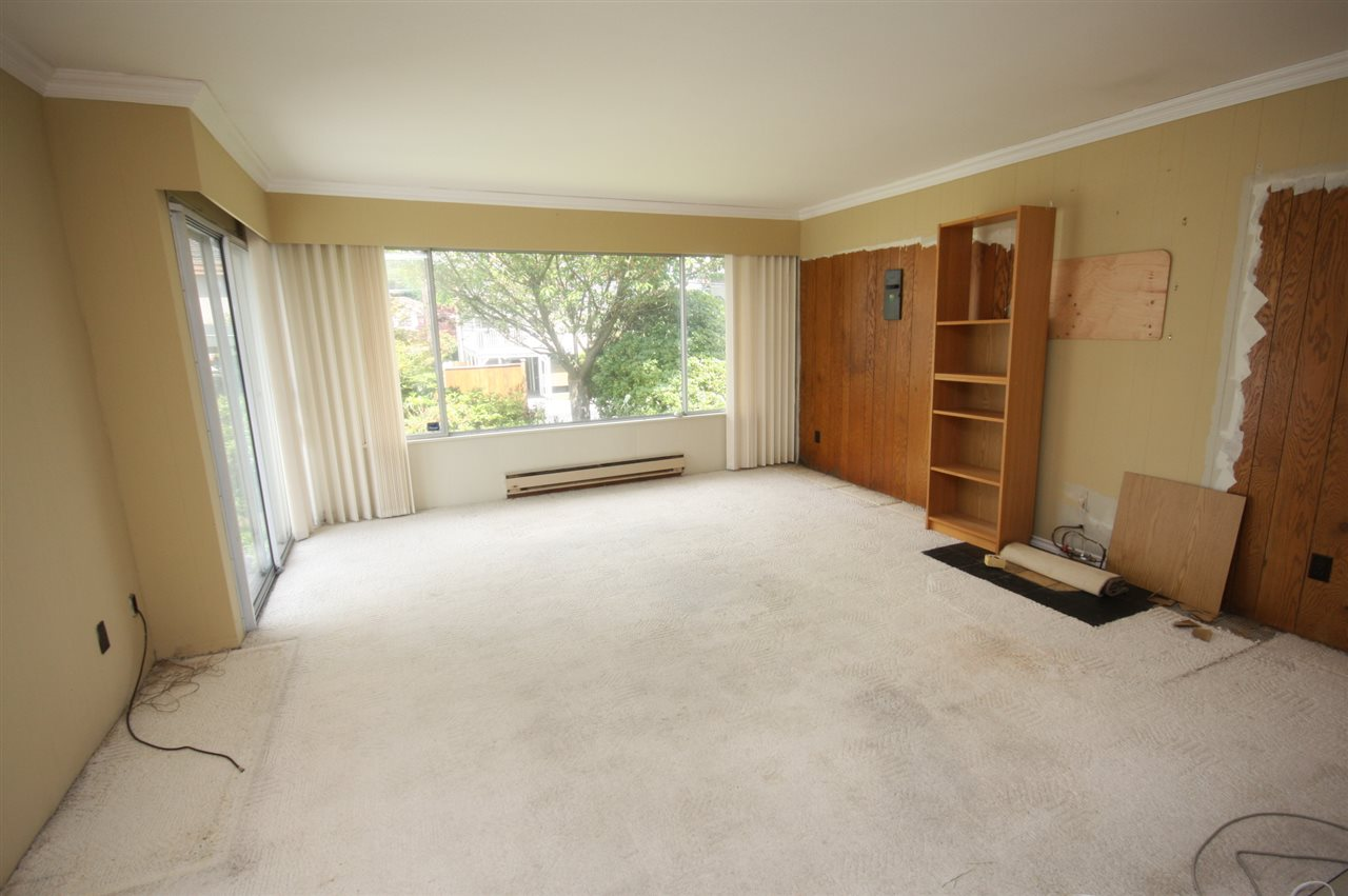 Detached at 4263 GILPIN CRESCENT, Burnaby South, British Columbia. Image 10