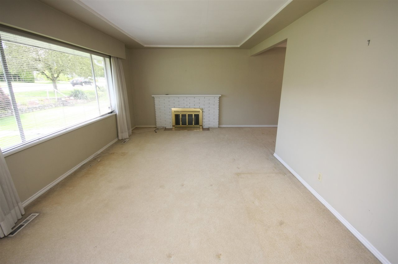 Detached at 4263 GILPIN CRESCENT, Burnaby South, British Columbia. Image 15