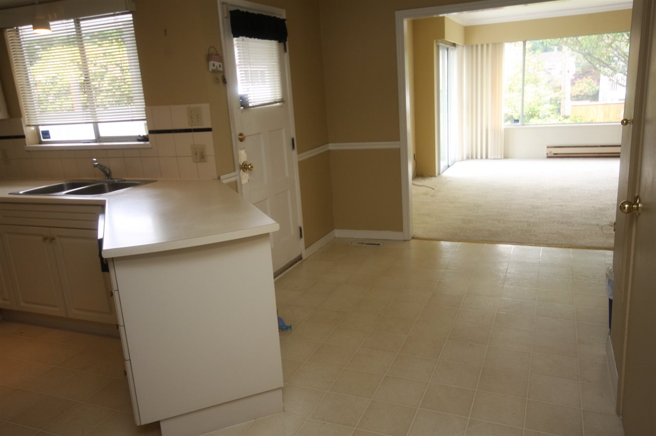 Detached at 4263 GILPIN CRESCENT, Burnaby South, British Columbia. Image 16