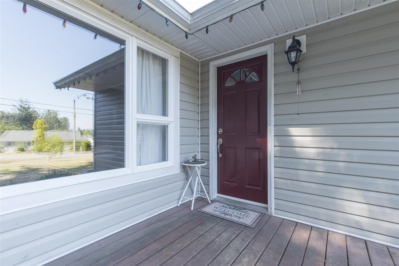 Detached at 23726 OLD YALE ROAD, Langley, British Columbia. Image 2
