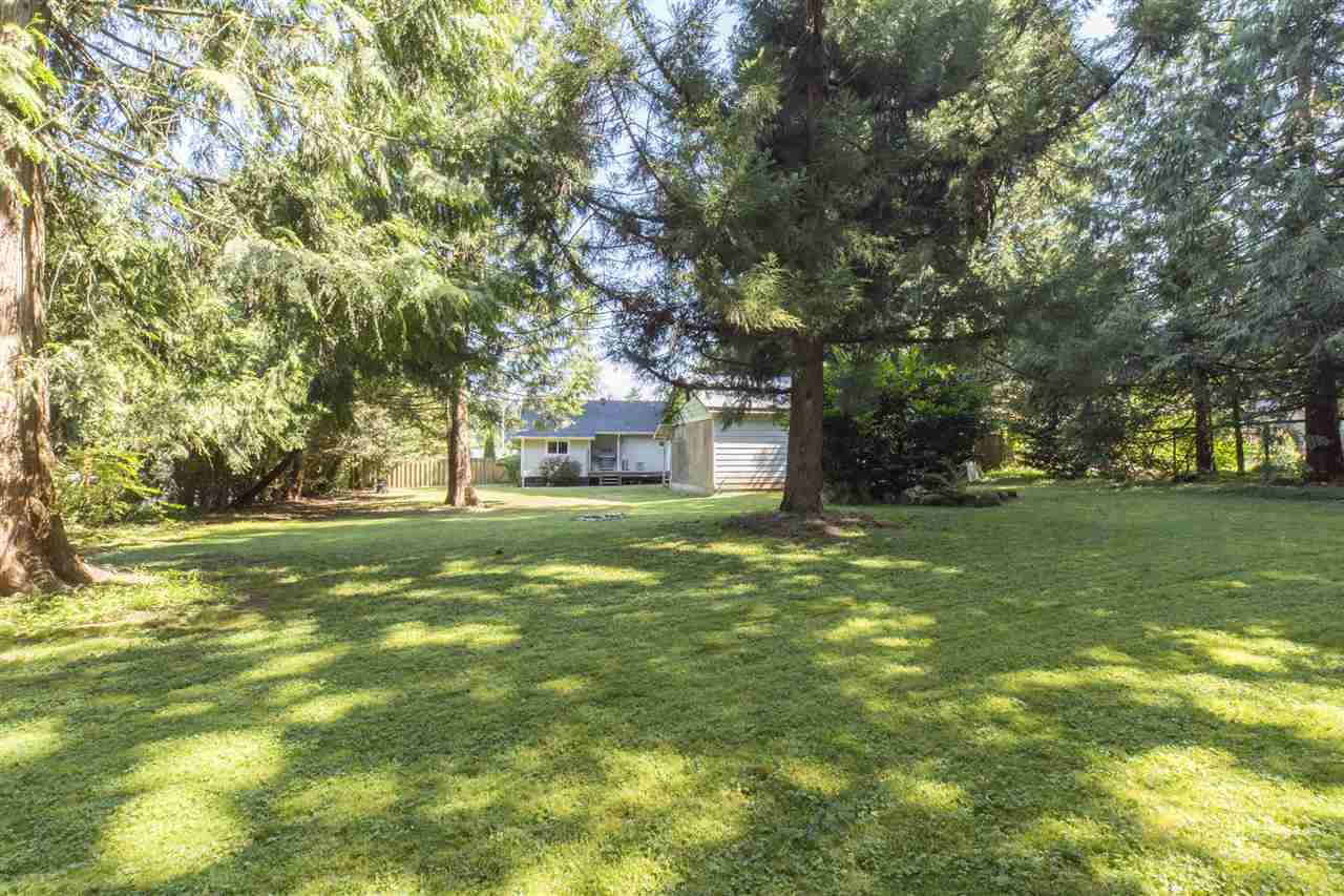 Detached at 23726 OLD YALE ROAD, Langley, British Columbia. Image 10