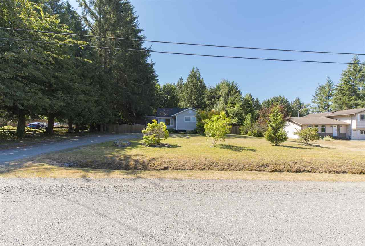 Detached at 23726 OLD YALE ROAD, Langley, British Columbia. Image 12