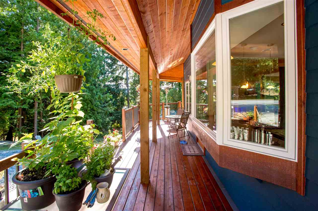 Detached at 5062 PARKVIEW PLACE, Sunshine Coast, British Columbia. Image 18