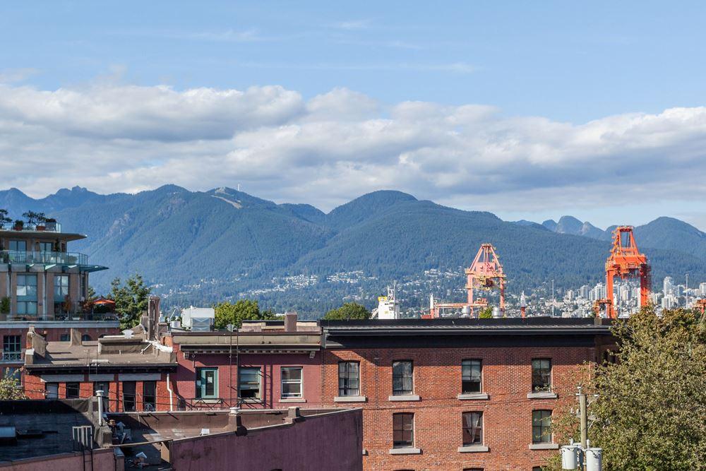 Condo Apartment at 402 55 E CORDOVA STREET, Unit 402, Vancouver East, British Columbia. Image 1