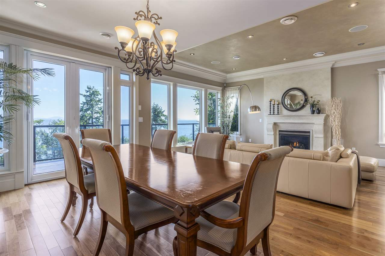 Detached at 13176 13 AVENUE, South Surrey White Rock, British Columbia. Image 9