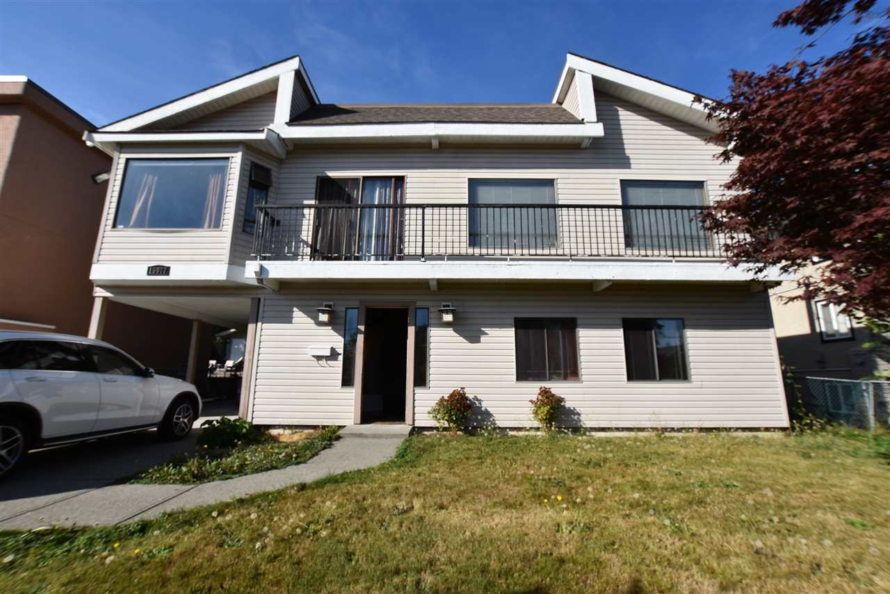 Detached at 15977 PACIFIC AVENUE, South Surrey White Rock, British Columbia. Image 1