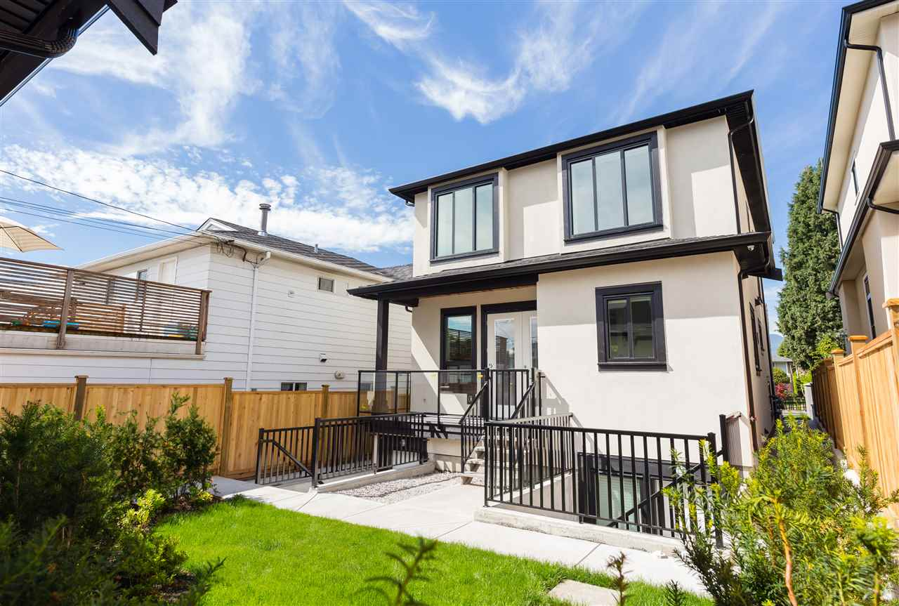 Detached at 2564 E 7TH AVENUE, Vancouver East, British Columbia. Image 16