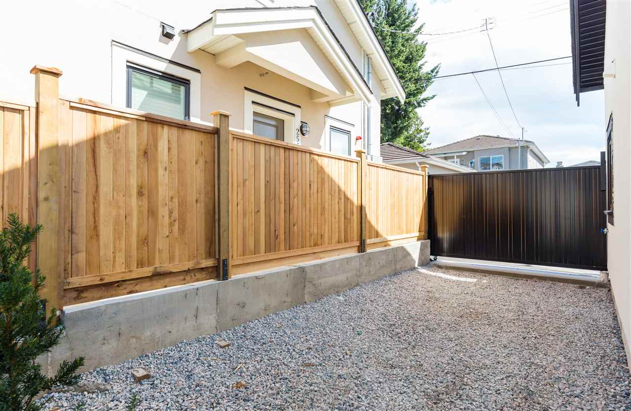 Detached at 2564 E 7TH AVENUE, Vancouver East, British Columbia. Image 20