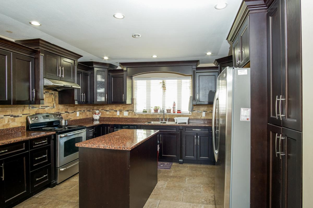 Detached at 3396 GOLDFINCH STREET, Abbotsford, British Columbia. Image 11