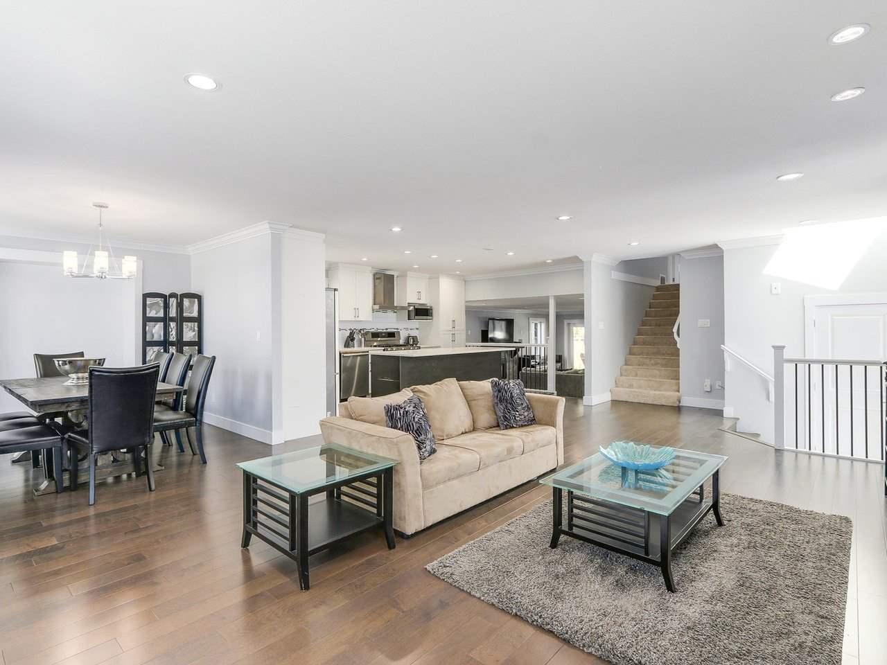 Detached at 19957 39A AVENUE, Langley, British Columbia. Image 4