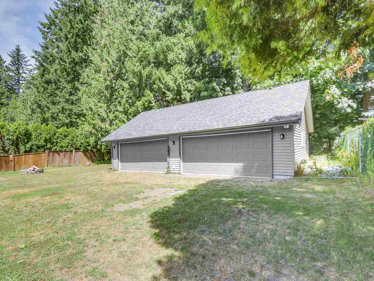 Detached at 19957 39A AVENUE, Langley, British Columbia. Image 19