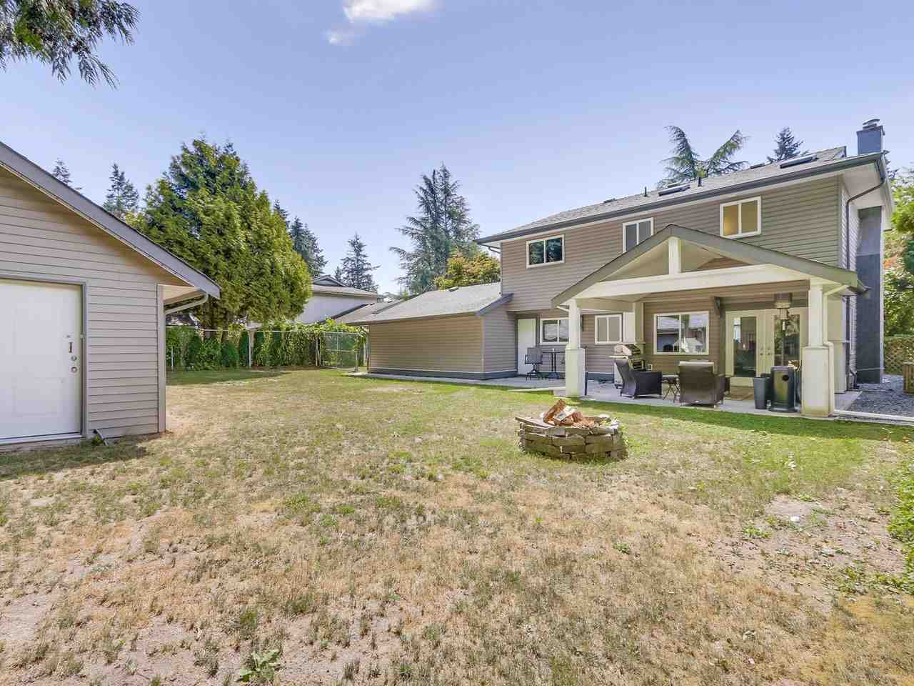 Detached at 19957 39A AVENUE, Langley, British Columbia. Image 20