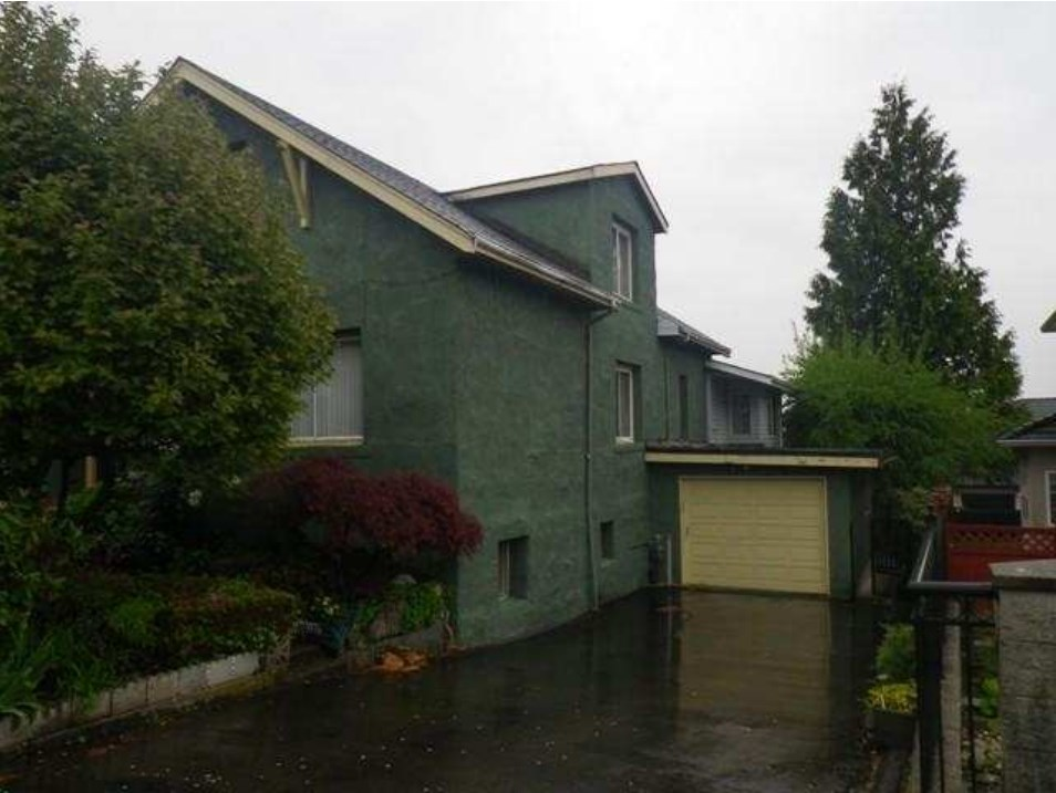 Detached at 5128 E. GEORGIA STREET, Burnaby North, British Columbia. Image 12