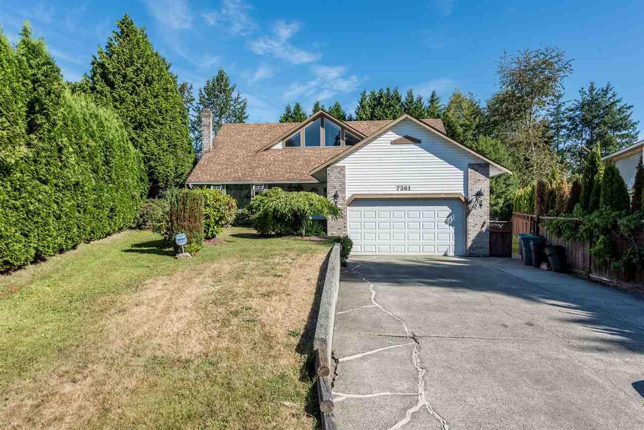 Detached at 7361 149A STREET, Surrey, British Columbia. Image 2
